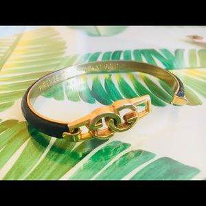 Vintage Gucci 24k gold pleated and leather bracele